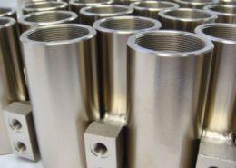 Componenti metallici nichelati
